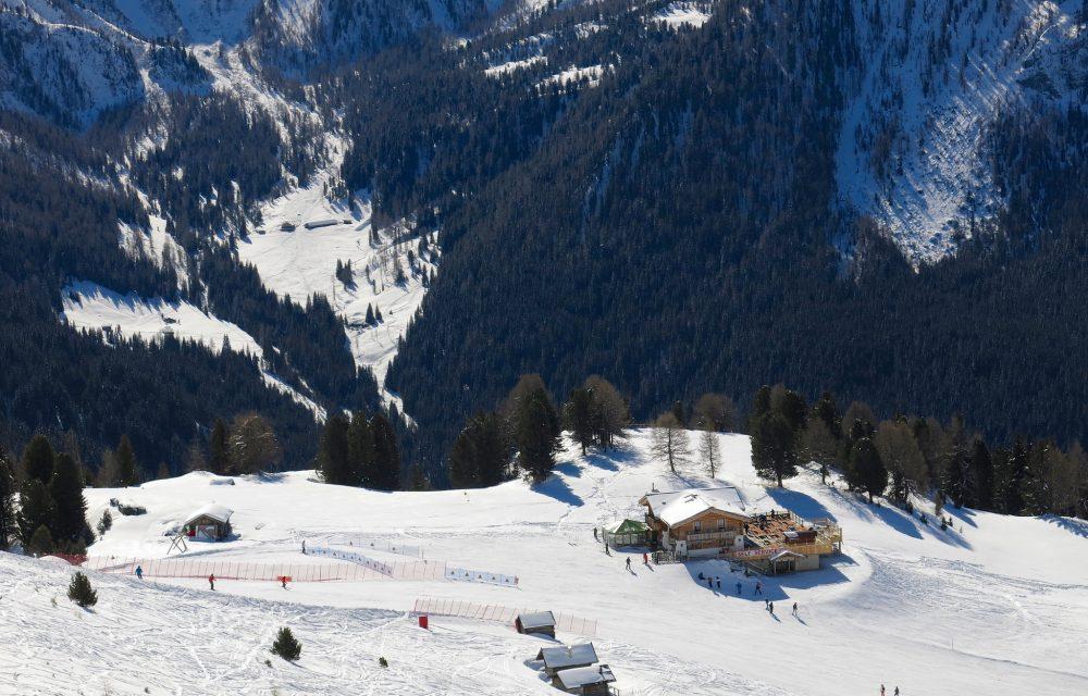 val di fassa skiing