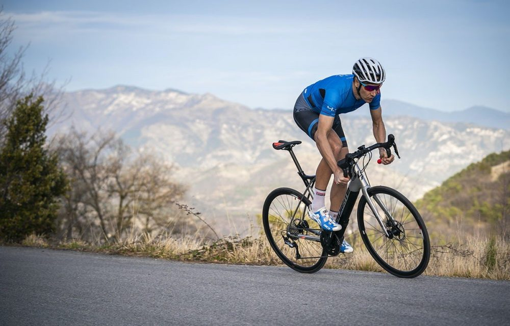 a specialised e-road bike designed for climbing and covering long distances