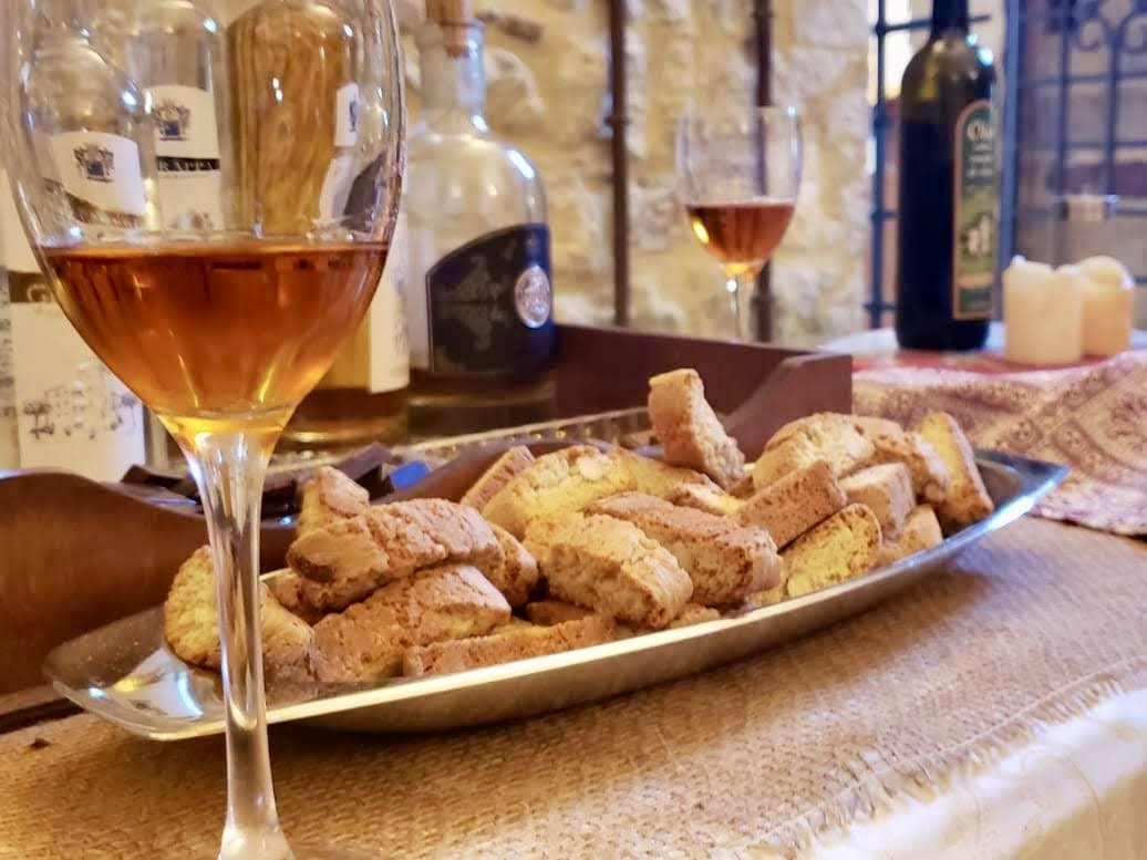 wine tasting and light lunch in Tuscany